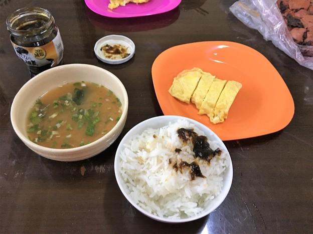 ポウサン米の朝ごはん (1)