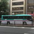 写真: こんな塗装のバスが・・(@_@;)