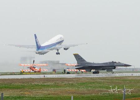ANA離陸2L