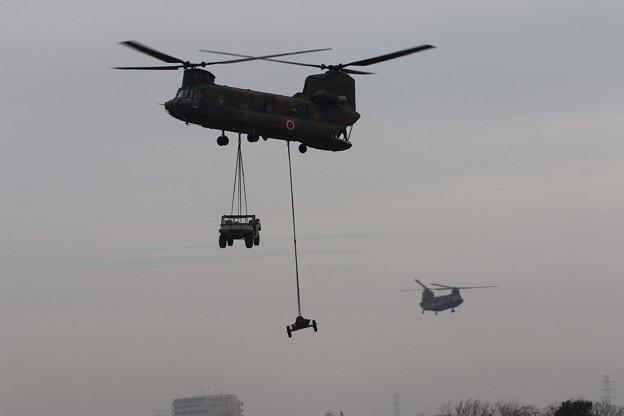 降下訓練始め8 CH-47