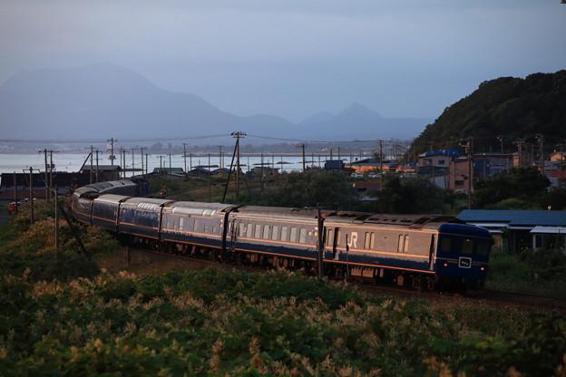 北海道を去る北斗星最終列車