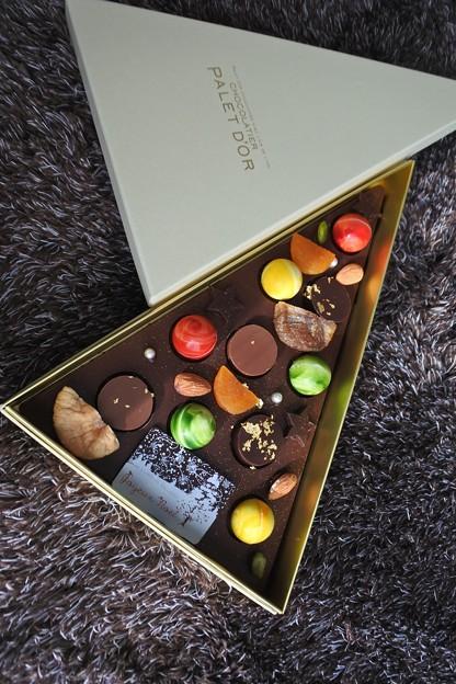ショコラティエ パレドオールのクリスマスツリーショコラ2