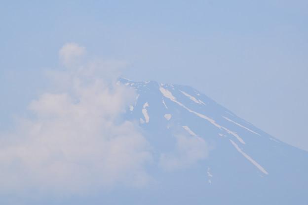 雲が増える富士山頂