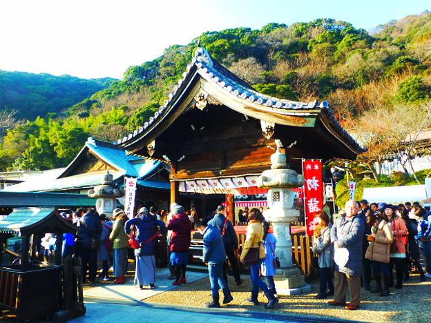神戸の港を見守り続けてきた北野天満神社 拝殿
