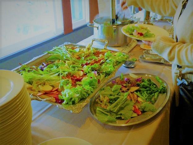 富士山の伏流水でゆでる温野菜