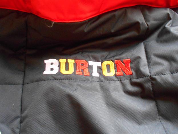 BURTONの刺繍