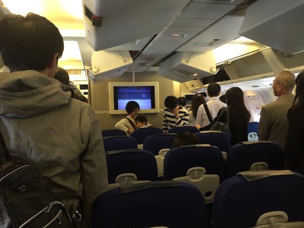 家内は飛行機で大阪から仙台へ移動