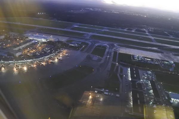 新千歳空港を出発