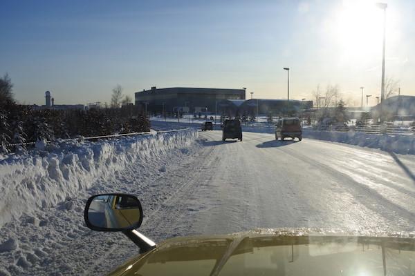 路面の滑りやすさが伝わりますでしょうか?