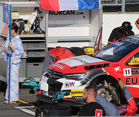 セバスティアン・ローブ・レーシング Sébastien Loeb Racing シトロエン CエリーゼWTCC(Citroen C-Elysee WTCC) グレゴワール・ドゥムースティエ