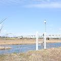 写真: <入間川*水際の水位計(2)>