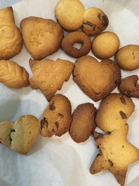 写真: ムスコが焼いたクッキー