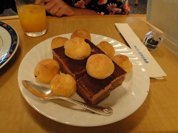 Photos: ムスメの晩ご飯バイキングその2デザート