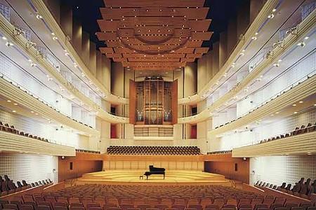 中野・江古田 バイオリン 個人レッスン ヴィオラ 吉瀬弥恵子 ワイズ音楽教室 体型は関係ないです