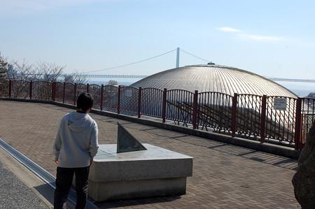07橋を見下ろす