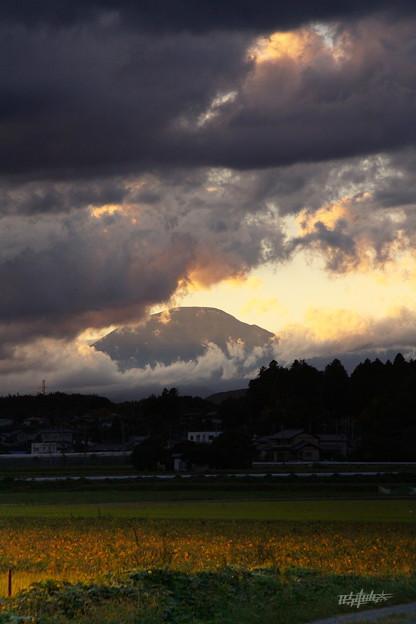 写真: 風雲湧きいずる