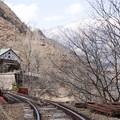 Photos: 廃線と廃校と春の兆し