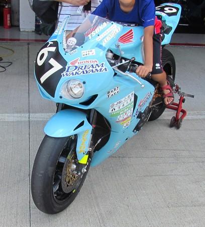 2014 鈴鹿8耐 Honda DREAM 和歌山 西中綱 岸田尊陽 新庄雅浩 CBR1000RR 169