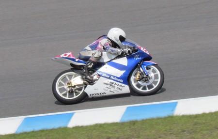 2014 #43 足立眞衣 NSF250R Hondaブルーヘルメット 全日本ロードレース J-GP3 jrr 52