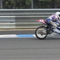写真: 2014 #43 足立眞衣 NSF250R Hondaブルーヘルメット 全日本ロードレース J-GP3 jrr 77