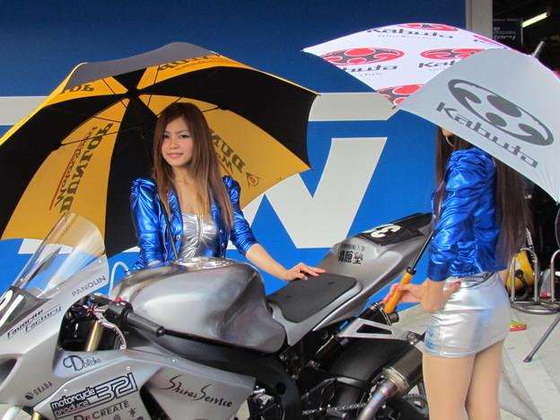 写真: 2014 鈴鹿8耐 Team Favorite Factory 福山京太 木佐森大介 佐合弘幸 76