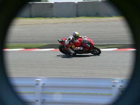 2014 鈴鹿8耐 スガイレーシングジャパン 須貝義行 蒲谷朋大 ドゥカティ 1199パニガーレR 853